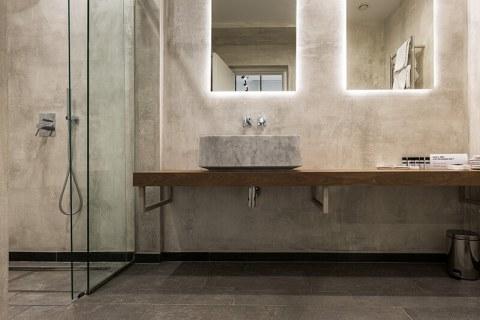 Marble Bathroom (12)