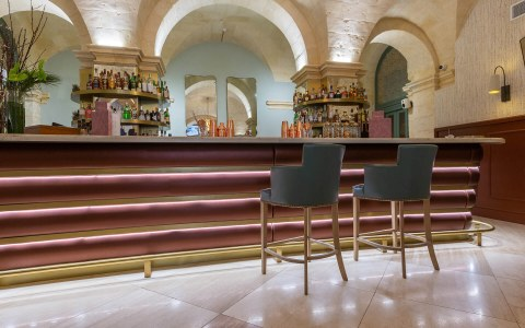 02-Gracysbrasserie-Civilservice-halmannvella-travertine