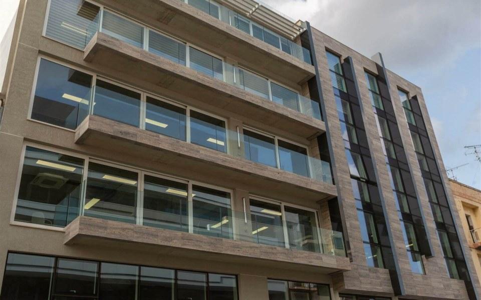 1 forth Business Centre Halmannvella